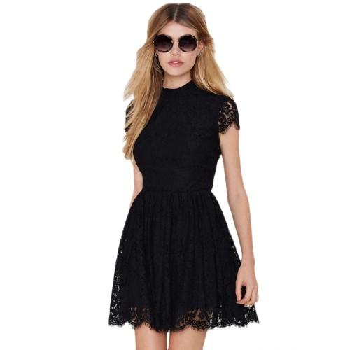 فستان اسود مثير ومجوف