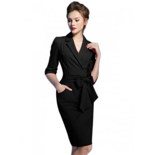 فستان متوسط سادة بطية صدر مدببة وحزام